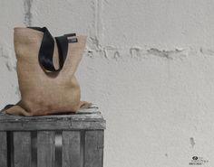 Beutel Shopper Natur Sackleinen mit schwarzen von DesignByIsonca, €29.00