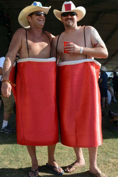haha, looks like these two know how to have fun! Hillbilly Party, Redneck Party, Halloween Birthday, Halloween Ideas, Halloween Costumes, Theme Parties, Party Themes, Party Ideas, Solo Cup Crafts