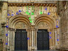 Puerta de Platerías. En azul los elementos que pueden proceder del destruido Pórtico Norte: 1) David músico; 2) Creación de Adán; 3) Pantocr...