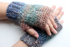 It's been a while since I've added a free pattern to my blog so let's change that! These are my Homespun Fingerless Gloves! I was inspired after making the adorable Cozy Crochet M…