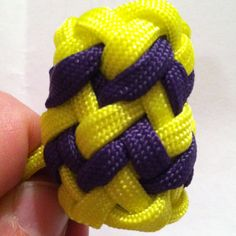 Pineapple knot