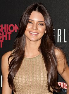 Kendall Jenner's Long, Romantic, Chic, Brunette Hairstyle