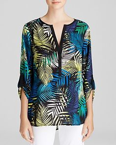 This palm-frond printed tunic is a light and breezy solution for balmy summer days. #100PercentBloomies