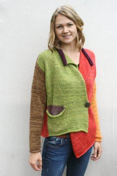 Maglia asimmetrica colpita Mohair Strickjacke Pullover Boho Blazer entdeckt Blätter Farbe blockiert Blazer warmer Winter einzigartige Strickjacke, Giacca Boho Blazer in mohair colpito da asimmetria. Mohair Cardigan, Knitted Poncho, Sweater Cardigan, Knitwear Fashion, Knit Fashion, Knitting Designs, Knitting Patterns, Knitting Ideas, Asymmetrical Sweater