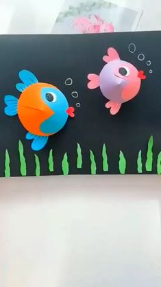 Paper Crafts Origami, Diy Crafts For Gifts, Paper Crafts For Kids, Creative Crafts, Fun Crafts, Diy Paper, Children's Arts And Crafts, Creative Ideas For Kids, Fish Paper Craft