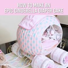 How To Make A Cinderella's Carriage Diaper Cake - Baby shower - Baby Cadeau Baby Shower, Baby Shower Crafts, Baby Shower Diapers, Shower Gifts, Diaper Shower, Diaper Cakes Tutorial, Diy Diaper Cake, Unique Diaper Cakes, Nappy Cakes