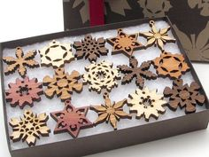 Brand New 2015 Mini Snowflake Ornaments from Nestled Pines - Gift Box set of 15 . All New Designs