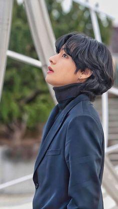 Namjoon es un rapero y fotógrafo profesional el cual esta frustrado p… #fanfic # Fanfic # amreading # books # wattpad Taehyung Selca, Bts Jungkook, Namjoon, Hoseok Bts, Bts Lockscreen, Foto Bts, Kpop, Bts Boyfriend, Les Aliens