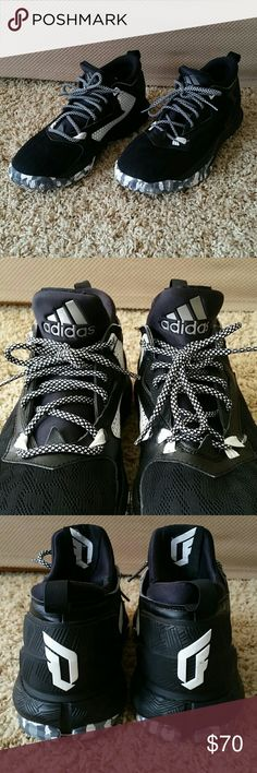 """Adidas D Lillard 2.0 Basketball shoes Low top basketball shoes size 8.5 men's (fits 9.5 women's). In great condition basically like new. I have worn them only twice and decided they weren't my style. There are a few tiny nicks on the """"D"""" on heel of shoes but hardly noticeable when wearing them. Adidas Shoes Athletic Shoes"""
