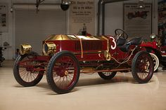 1906 Stanley Steamer Vanderbilt Cup Racer.  If I could have any car in the world, it would be a (pre-condenser coil) Stanley.