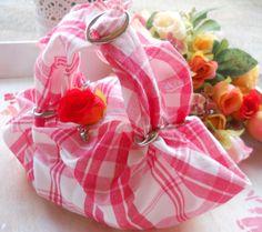 Valentine's bag ! <3 La borsetta ideale per il vostro regalo nel giorno degli innamorati !