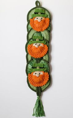 St Patrick's Day CROCHET PATTERN instant download -  Leprechaun Wall Hanging…