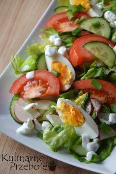 Sałatka wiosenna z serkiem wiejskim wg Siostry Anastazji Anti Pasta Salads, Pasta Salad Recipes, Easy Salads, Real Food Recipes, Diet Recipes, Vegetarian Recipes, Healthy Recipes, Classic Salad, Veggie Platters