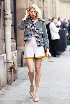 High waisted shorts with high heels is an office-appropriate look. // #StyleTips