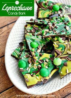 Leprechaun Candy Bark | Simply Being Mommy