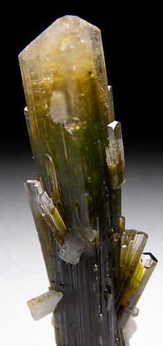 Elbaite from Stak Nala, Skardu District, Pakistan - http://pakistan.mycityportal.net