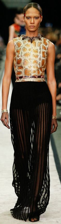 Givenchy | The House of Beccaria#