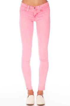 Skinny Jeans in Light Neon Pink