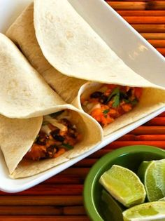 Use your slow cooker to make the filling for these tasty Vegetarian Sweet Potato and Black Bean Burritos with Lime. I use low-carb tortillas, and these vegetarian burritos are also South Beach Diet friendly! Use the Recipes-by-Diet-Type Index to find more recipes like this one. Click here to PIN this tasty recipe so you can make it later! …