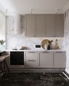 Kitchen with marble backsplash Modern Kitchen Cabinets, Kitchen Interior, Kitchen Design, Kitchen Reno, Apartment Projects, Apartment Design, Light Wood Kitchens, Kitchen Decor Themes, Home Decor