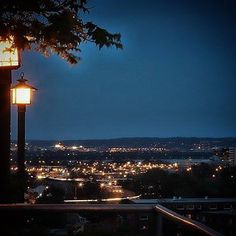 #citylights #roofgarden #down #arlingtonva #vaphotographer #dcphotographer #lamps #columbiapike #bluesky