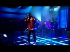 R. Kelly performing I Believe I Can Fly on Jools Holland May 6th 2011