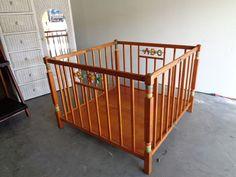 VINTAGE ANTIQUE BABY INFANT WOODEN FOLDING PLAYPEN WITH WOOD FLOOR