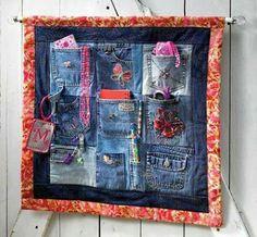Jean Organizador de bolsillo Jean Organizador de bolsillo 63 Ideias de Artesanato com Jeans Para Fazer em Casa Jean Crafts, Denim Crafts, Sewing Hacks, Sewing Projects, Jean Diy, Denim Ideas, Pocket Organizer, Recycled Denim, Denim Bag