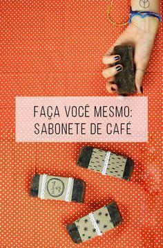 Reaproveitar sobras do pó do café? ☕️  Sim! Vem aprender a fazer um sabonete artesanal :-)! // Reaproveitamento do pó do café. Projetos para inspiração e tutorial (is) faça você mesmo. // faça você mesma, DIY, inspiração, beleza, ideia, tutorial, sabonete, café, pó de café, reciclagem, sustentável, #temporadadocafé, banho, higiene, presente,