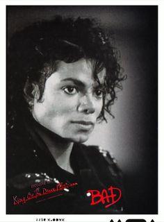 Happy 25th Anniversary to the BAD album! ♥