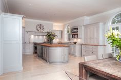 Various aspects of this design have been tailored to complement the architectural details of the property, the curved cupboards on the end… Home Decor Kitchen, Kitchen Living, Country Kitchen, New Kitchen, Kitchen Design, Living Room, Kitchen Diner Extension, Open Plan Kitchen, Beautiful Kitchens