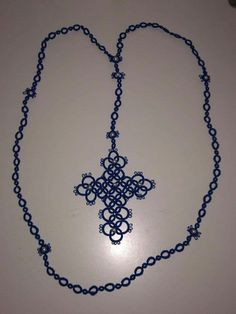 Needle Tatting, Tatting Patterns, Beads And Wire, Crosses, Gadget, Needlework, Projects To Try, Carole, Gems