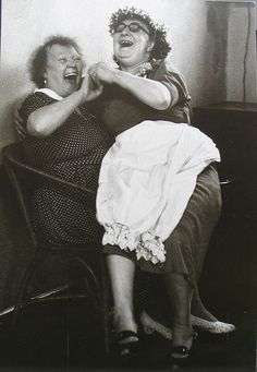 Grace Robertson - The Last Pub and Energy to Spare (Mothers Pub Outing, Battersea, England), 1954 Your Smile, Make You Smile, Jean Shinoda Bolen, Young At Heart, Belly Laughs, Smiles And Laughs, Happy People, Friends Forever, Black And White Photography