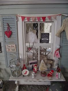 Merry Christmas to you all , here some photo's of my little Christmas shop                                                                  ...