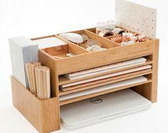 El espacio cubo accesorio de escritorio de madera de bambú + Docking Station