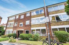 2 bed flat for sale in Waynflete Street, London