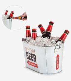 Achetez le seau à bière en métal sur lavantgardiste et réunissez tous vos amis pour un apéro parfait.