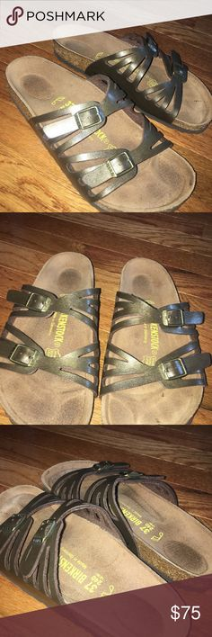 Granada Birkenstocks AUTHENTIC Barley worn, Authentic Birkenstocks. Perfect for fall/summer and to wear in the winter with cozy socks! Open to offers! Birkenstock Shoes Sandals