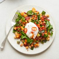 Sweet potato and spring green hash Vegetable Recipes, Vegetarian Recipes, Healthy Recipes, Meal Recipes, Healthy Dinners, Hash Recipe, Sweet Potato Hash, Recipe Images, Spring Green