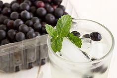 5 receitas de águas saborizadas para se refrescar no verão