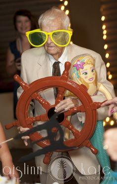 wedding, funny wedding pictures, grandfathers, photobooths (Pensacola Wedding Photographer)
