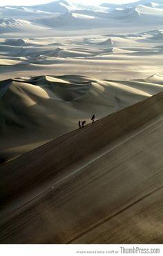desierto de Nasca, aqui se prectica el sandsurf, Peru
