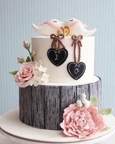 Que lindoo este bolo para casamento!!! #ideiasdebolosefestas #ideiasdebolos #casamento #wedding. Pic via Pinterest, by @mutlugunkurabiyecisi_asli