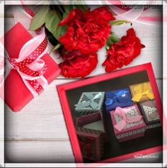 Christmas-Decorative-gifts-products-including-paper-bags-with-potpourri-rose