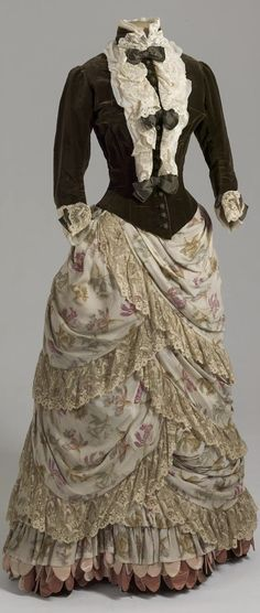 Visiting dress belonging to Empress Maria Fyodorovna, Russia (?), 1886-87. Velvet, crepe de chine, silk, satin, lace. Collection of State Hermitage Museum.