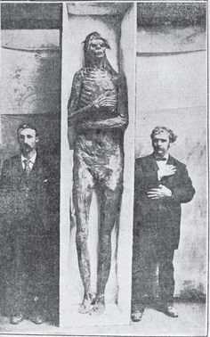 8 Foot Human Giant's Mummified Remains from California is Purchased by the Smithsonian