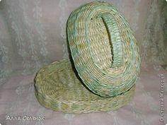Поделка изделие Плетение Плетеночки Бумага газетная Трубочки бумажные фото 3