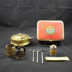 Primus no 210 made in Sweden 1952 with original tin ox. Classic Camp Stove - Classic Camping Gear - Vintage Stove - Collectors item by SmalandVintage on Etsy https://www.etsy.com/listing/251380105/primus-no-210-made-in-sweden-1952-with