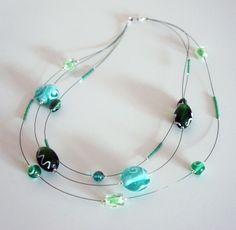 Collier 3 rangs vert en perles de verre : Collier par lesbijouxdunibou