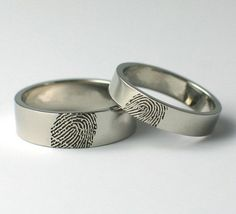 Titanium Wedding Rings Fingerprint wedding bands: almost as cool as the sound wave ones. Wedding Ring For Him, Cheap Wedding Rings, Custom Wedding Rings, Wedding Rings For Women, Wedding Sets, Wedding Stuff, Wedding Things, Dream Wedding, Platinum Wedding Rings